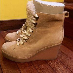 Ugg Kieran Boots 9.5